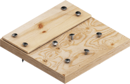 含钉子的木材